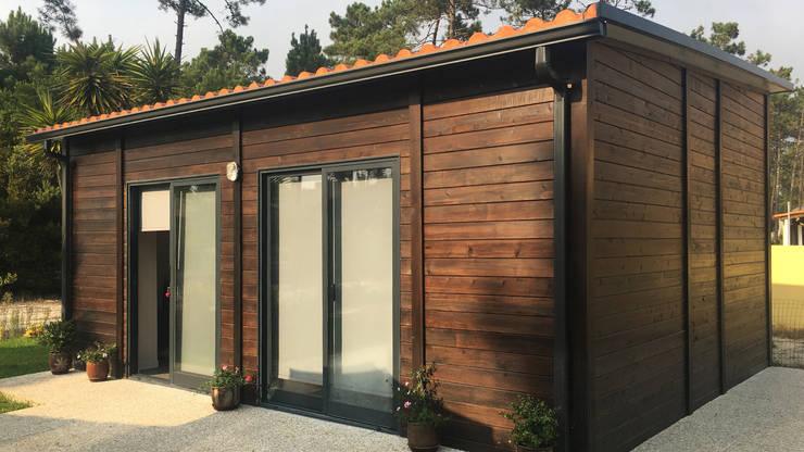 Modelo | T1 33m²: Casas de madeira  por Discovercasa | Casas de Madeira & Modulares