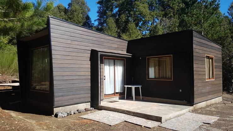 Casa Negrón Alvarado:  de estilo  por AEG Arquitectura, Asesoría y Construcción.