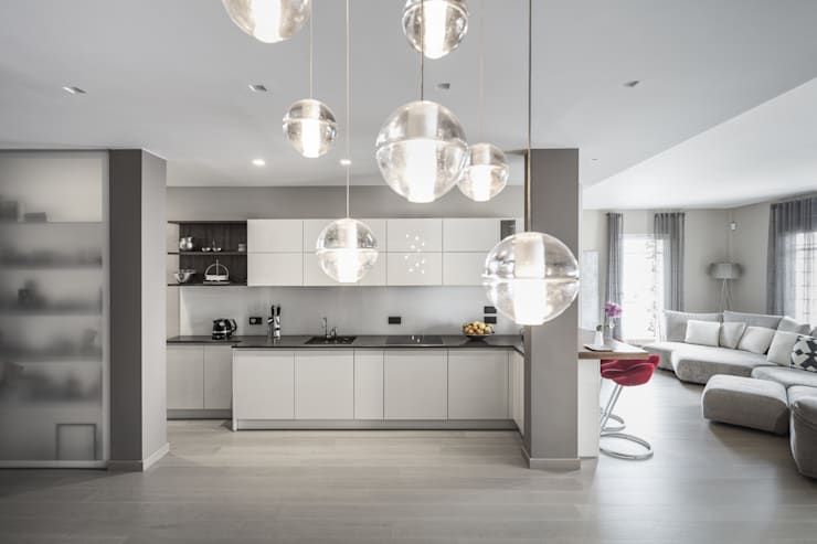 Cuisine intégrée de style  par studiodonizelli, Moderne Bois Effet bois