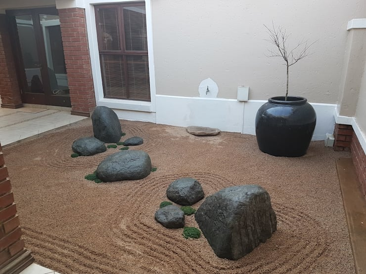 DREYER ZEN GARDEN:  Garden by Japanese Garden Concepts, Asian