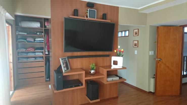 Dormitorio: Dormitorios de estilo  por Himis, Habis y Haim,