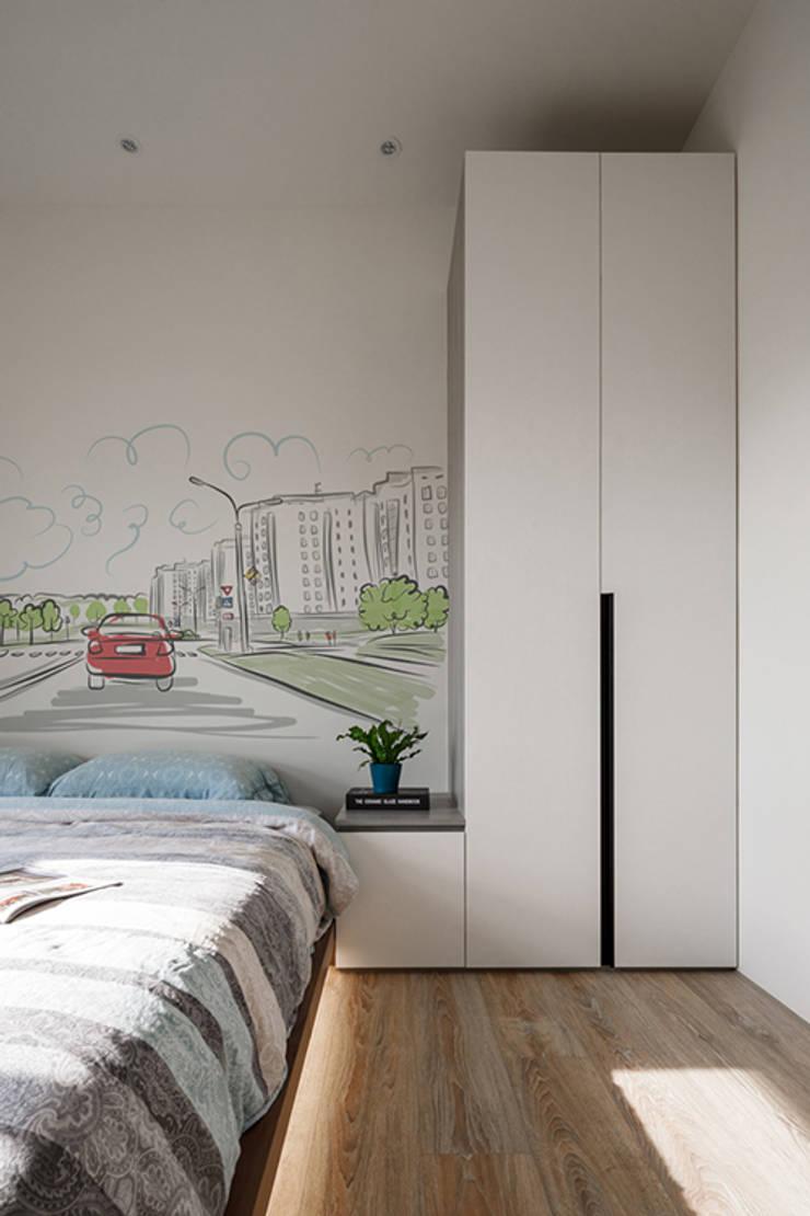浮光:  臥室 by 楊允幀空間設計