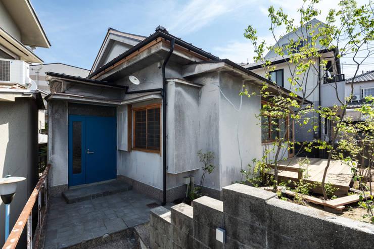 神戸大倉山の家: エイチ・アンド一級建築士事務所 H& Architects & Associatesが手掛けた木造住宅です。