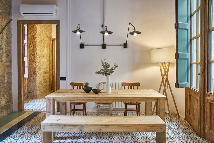 PISO ROSIC: Comedores de estilo  de Bloomint design,