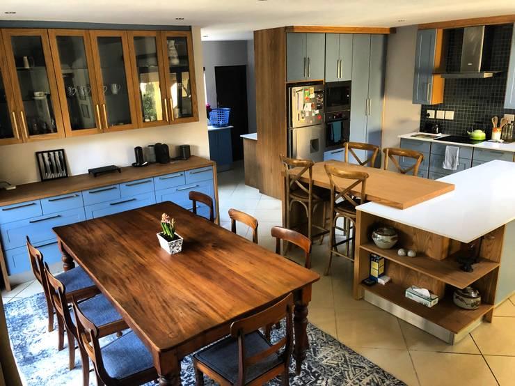 Kitchen Revamp:  Kitchen units by CS DESIGN