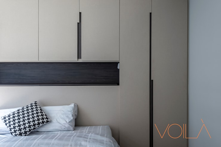 27 Anchorvale Crescent, Bellewaters:  Bedroom by VOILÀ Pte Ltd,Modern