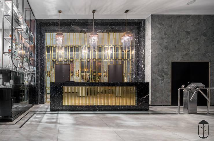 Oficinas de estilo clásico de U-Style design studio Clásico