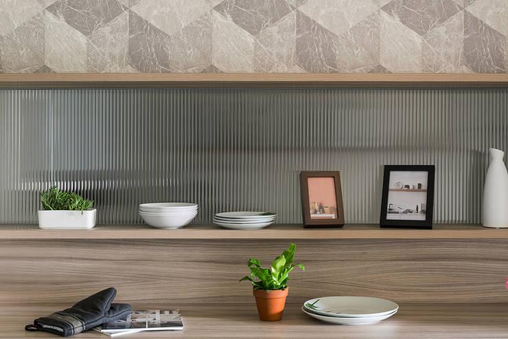 餐櫃:  餐廳 by 達譽設計