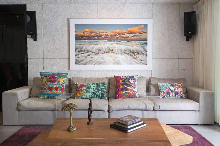 proyecto a-8: Salas de estilo  por studio arquitectura   Despacho de arquitectos   Cancún