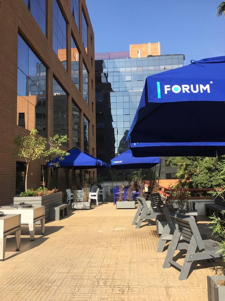 DESPUES Terraza Oficina Forum :  de estilo  por Kaa Interior | Arquitectura de Interior | Santiago