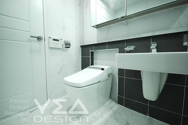 깨끗하고 모던한 욕실만들기: 예아디자인   [주]디자인그룹예아의  욕실,