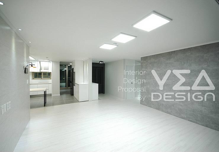 깨끗하고 넓은 느낌의 거실: 예아디자인   [주]디자인그룹예아의  거실,