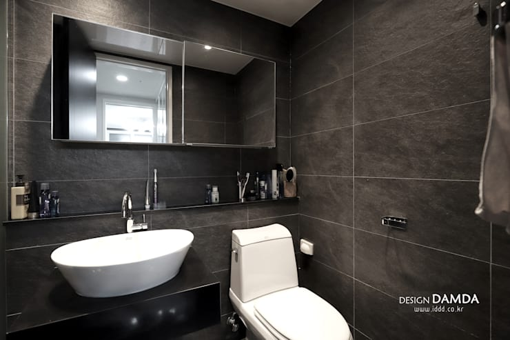 욕실_: 디자인담다의  욕실