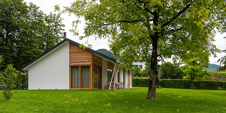 Wooden houses by Woodbau Srl