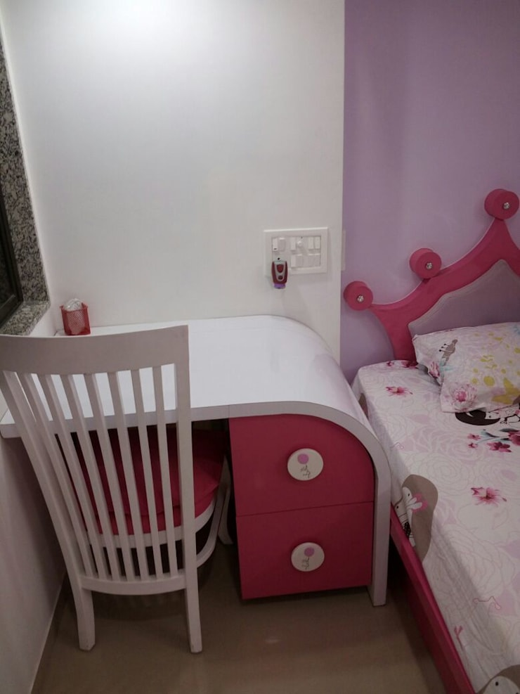 Girls Bedroom by DD Architects