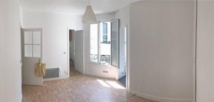 Appartamento a Parigi: Pavimento in stile  di smellof.DESIGN
