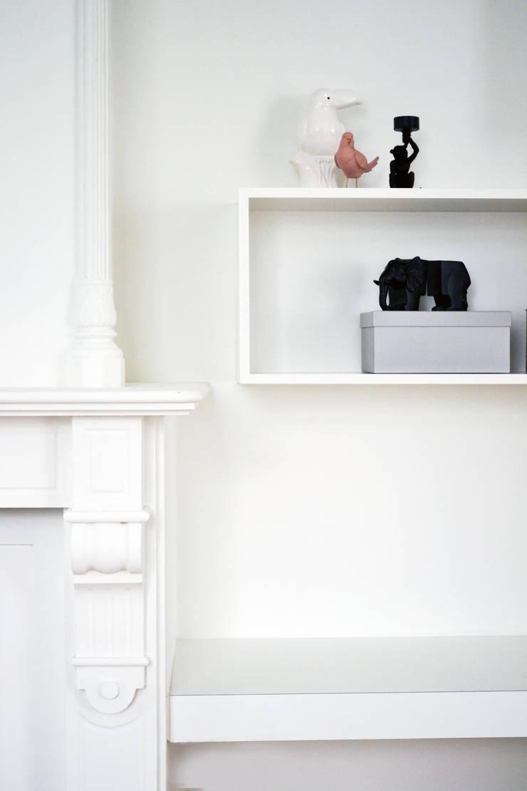 Maatwerk meubilair:  Woonkamer door studiomaudy