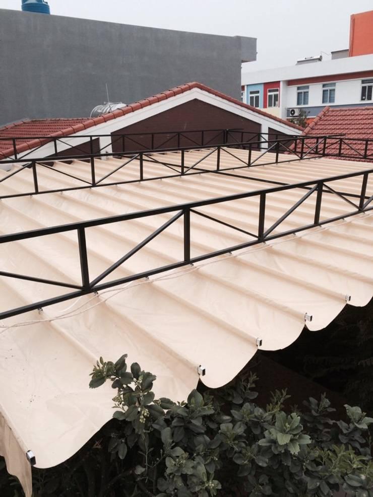 mái hiên di động :  Sân thượng by ctyhoaphatphat
