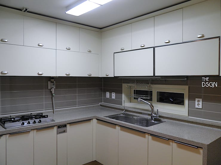 Kitchen by 더디자인 the dsgn, Eclectic