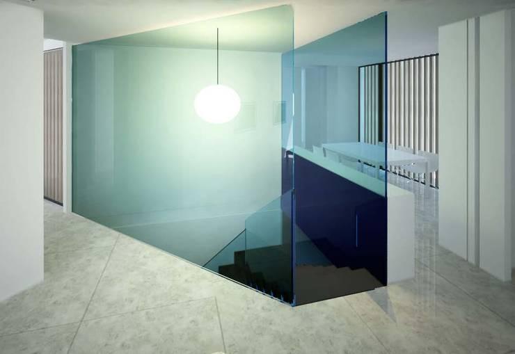 House in Madrid: Escaleras de estilo  de Studioapart