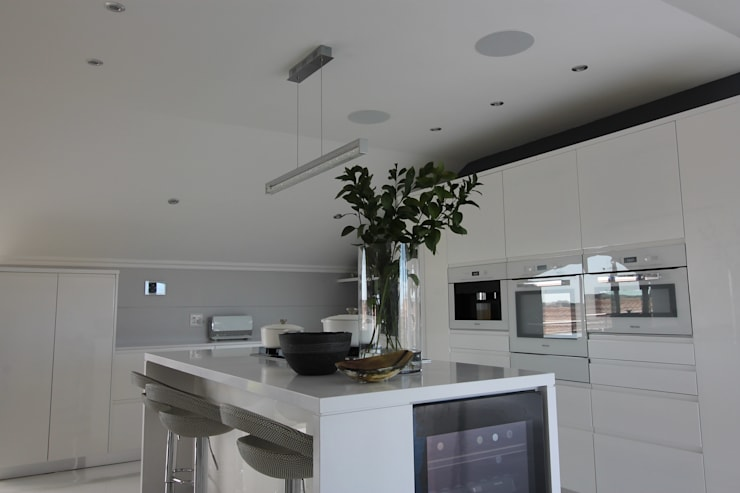 Kitchen Audio:  Built-in kitchens by Audio Visual Projects (PTY) Ltd,