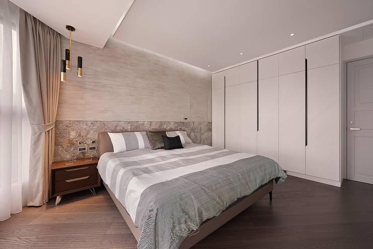 細膩質感景觀宅:  臥室 by 層層室內裝修設計有限公司