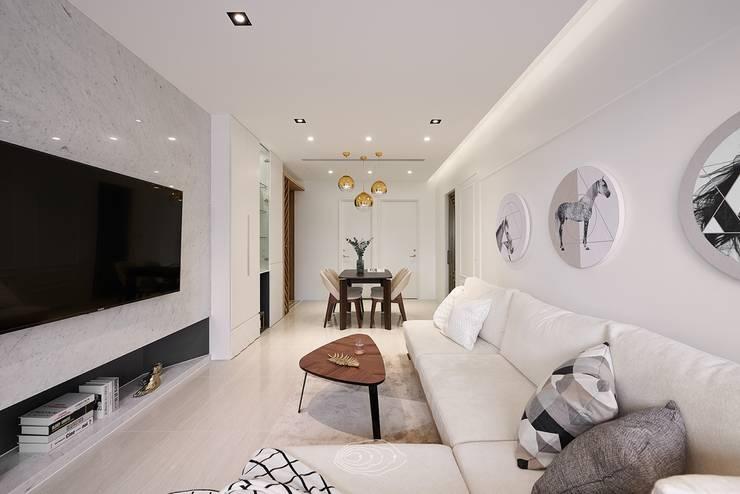 Living room by 層層室內裝修設計有限公司, Modern