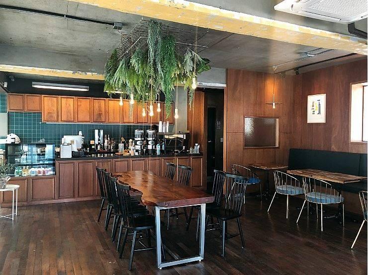신도림 빈티지 카페 Green MUG: (주)스튜디오360플랜 의  다이닝 룸,