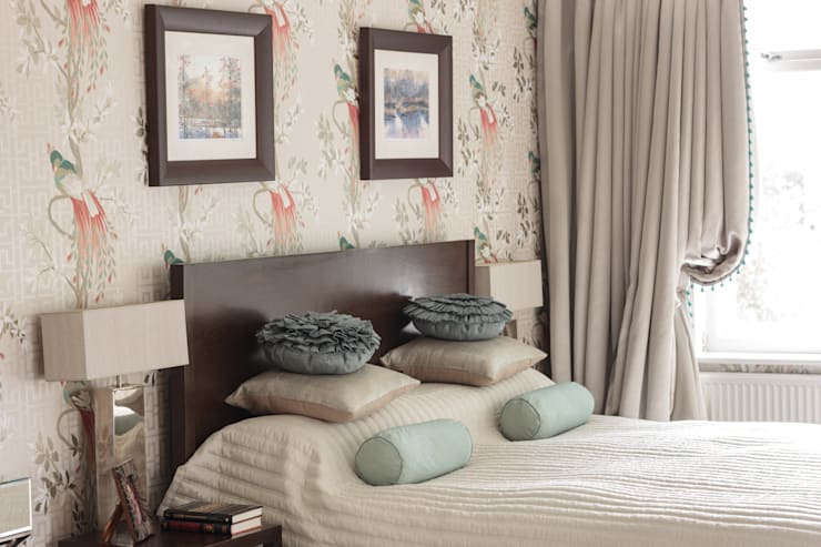 West Wimbledon:  Bedroom by INTERIORS:designed