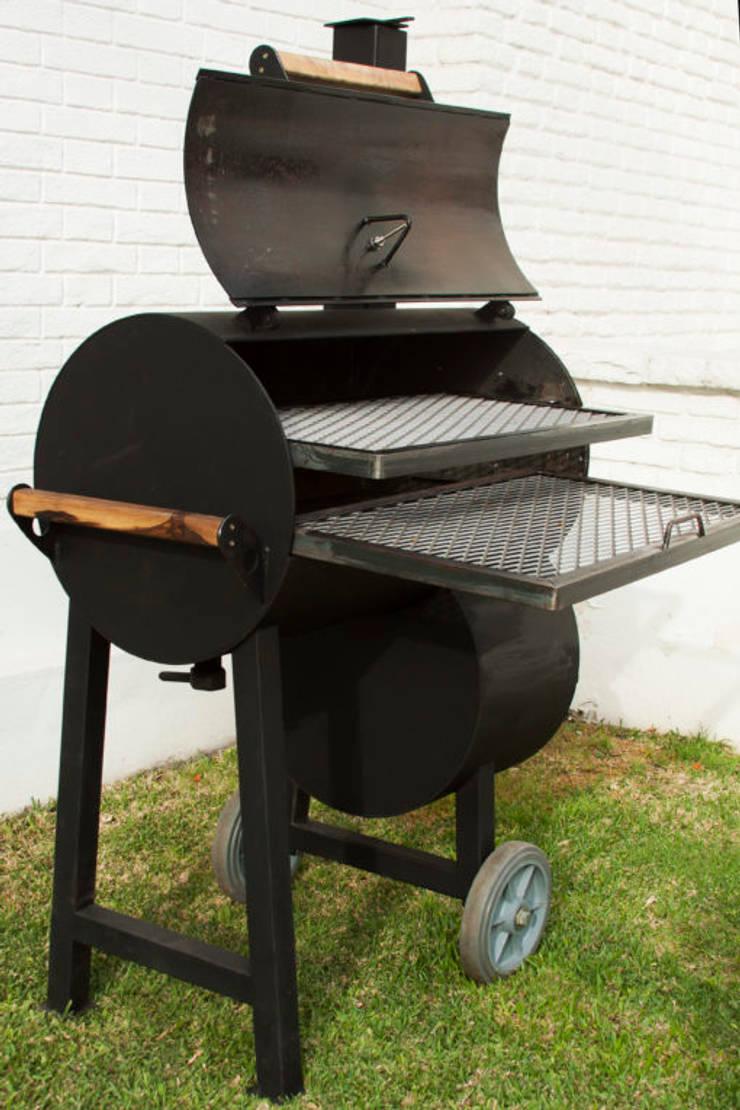 Ahumador de carne a leña para el hogar: Hogar de estilo  por Smoke King Ahumadoras