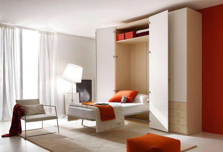 Camerette da sogno: Camera da letto in stile in stile Eclettico di ROOM 66 KITCHEN&MORE