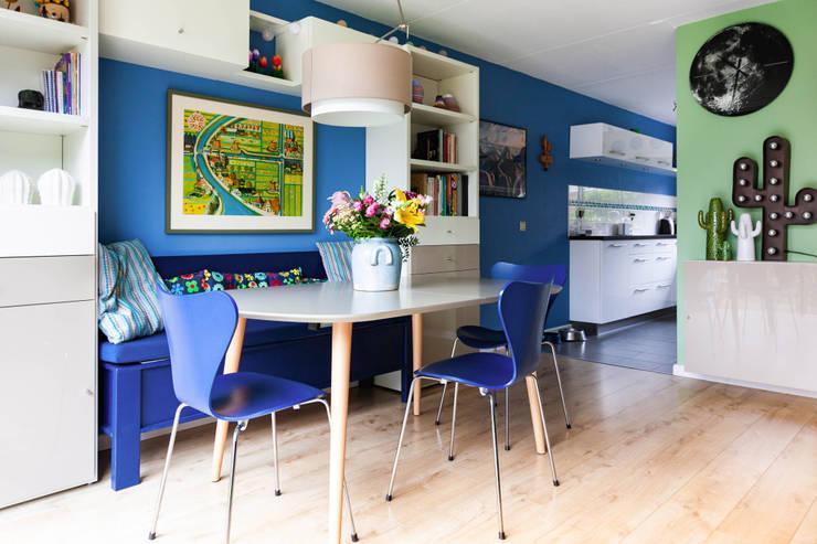 Eethoek en keuken:  Eetkamer door Regina Dijkstra Design, Eclectisch