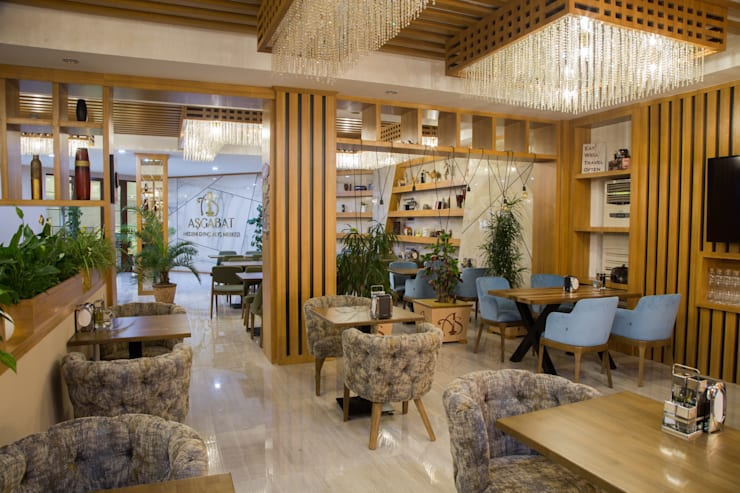 Restaurant—Retail Design:   by DMR DESIGN AND BUILD SDN. BHD.