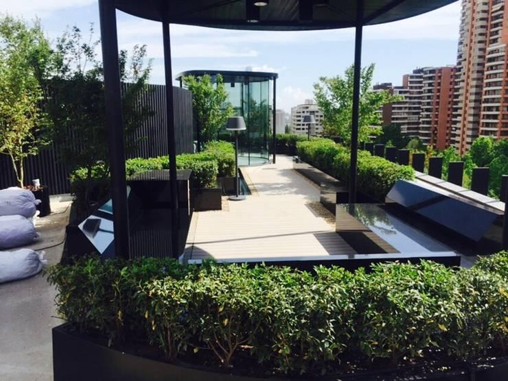 Vista de la terraza: Terrazas  de estilo  por MAC SPA