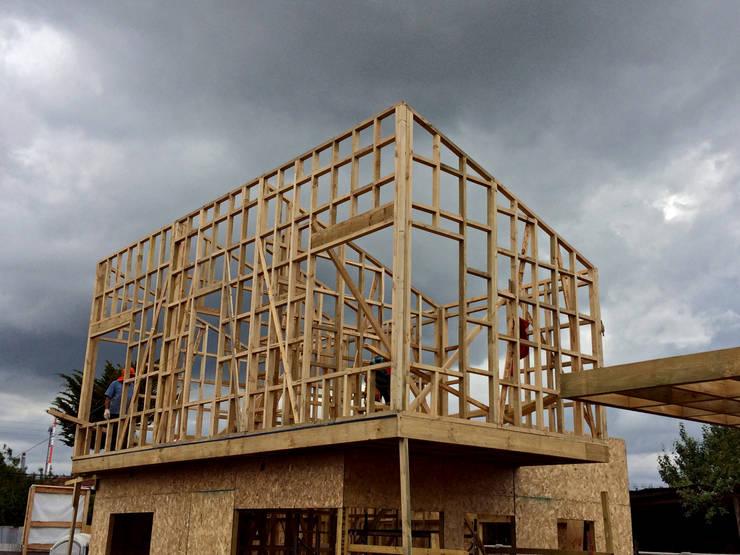 Obra en Construcción: Condominios de estilo  por NidoSur Arquitectos