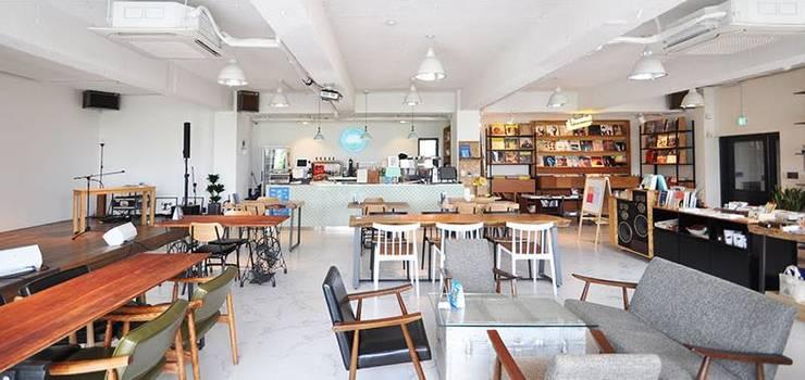 Cafe PASTEL: (주)스튜디오360플랜 의  다이닝 룸