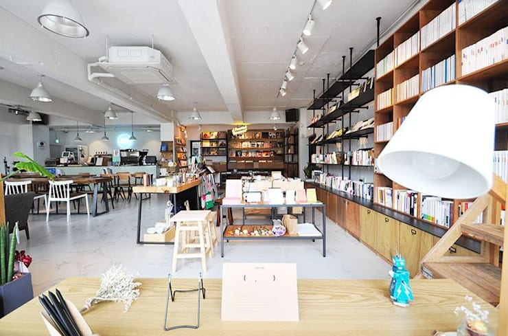 Cafe PASTEL: (주)스튜디오360플랜 의  사무실 공간 & 가게