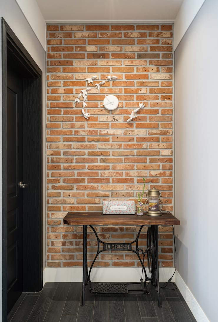 창원 하천리: 하우스톡의  벽