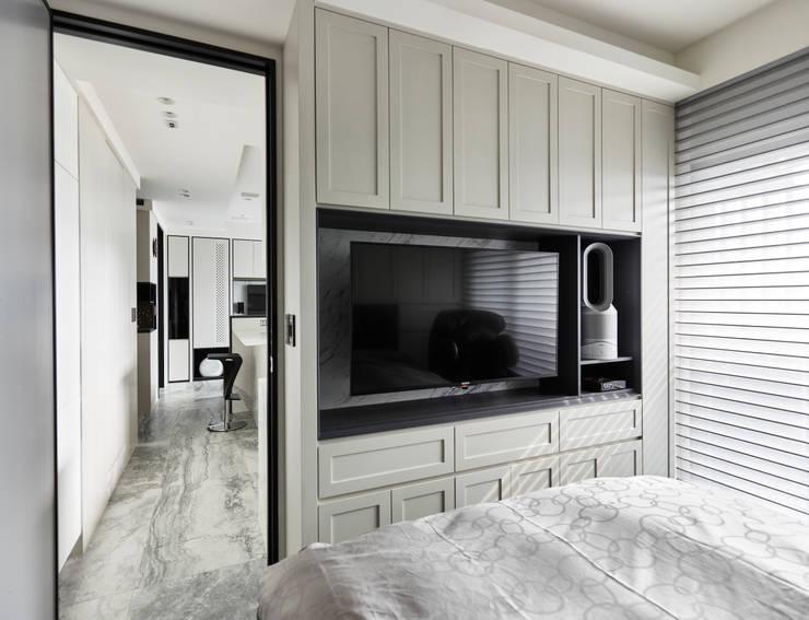 渦:  臥室 by 耀昀創意設計有限公司/Alfonso Ideas
