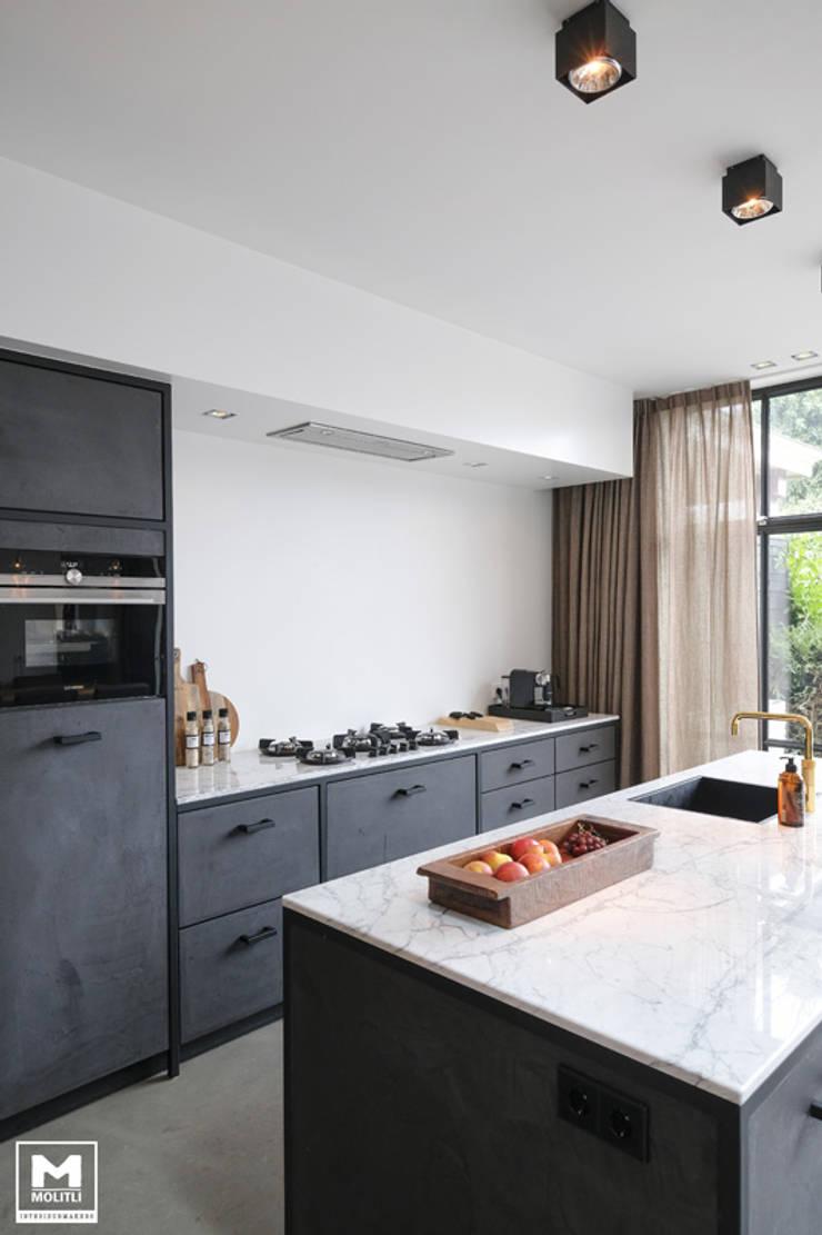 Uitbouwproject in Nijkerk:  Keuken door Molitli Interieurmakers, Industrieel