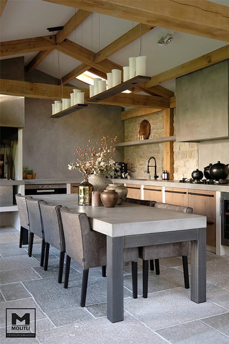Buitenverblijf Ibiza style:  Keuken door Molitli Interieurmakers