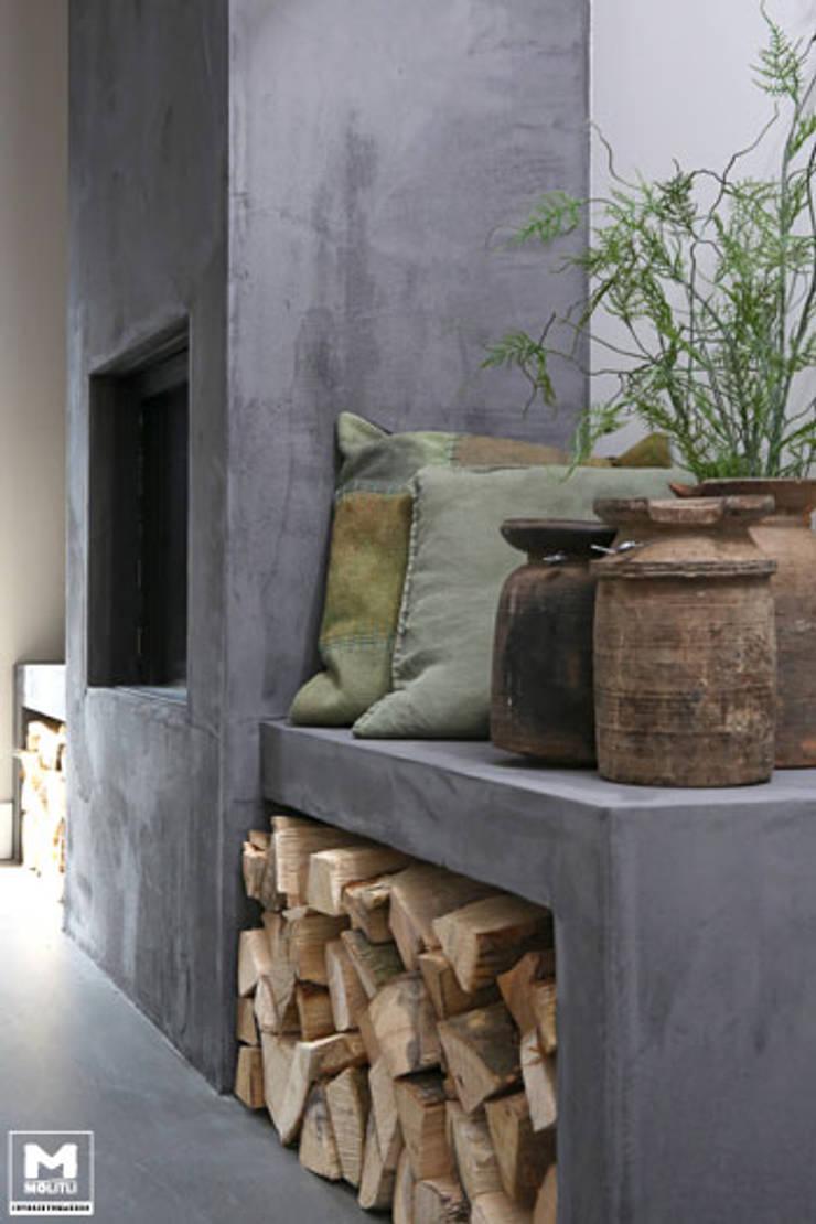 Restyling woning: Woonkamer, badkamer, keuken:  Woonkamer door Molitli Interieurmakers, Scandinavisch
