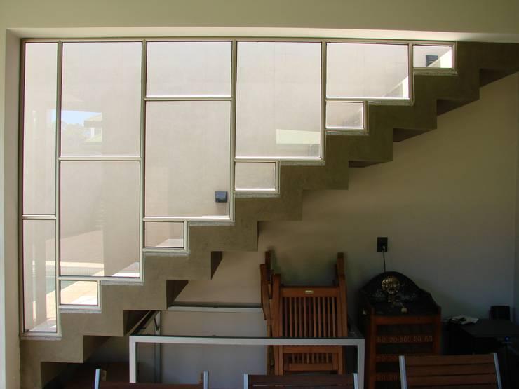IP - Escalera 2: Escaleras de estilo  por Módulo 3 arquitectura
