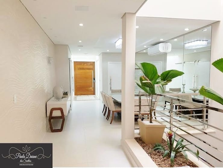 Sala Clean : Sala de jantar  por Designer Paula Daiane dos Santhos