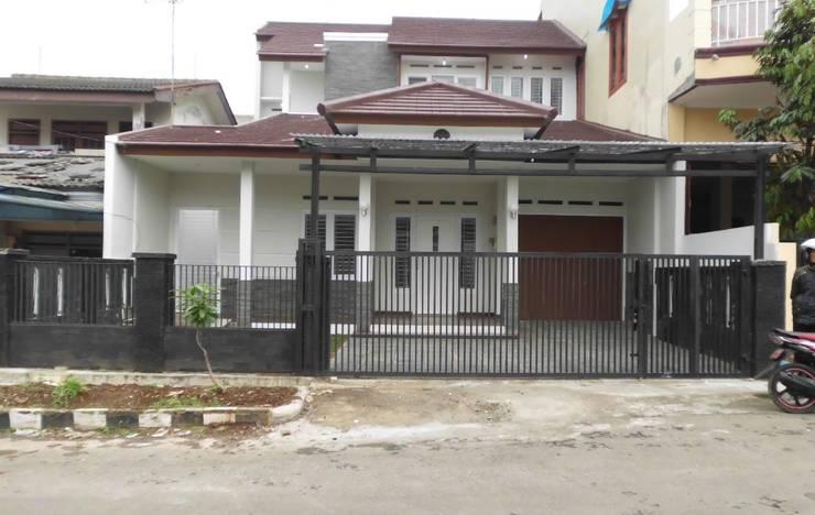 Rumah di Pondok Rumput :  Rumah by CV.Emasna Propertindo Sentosa