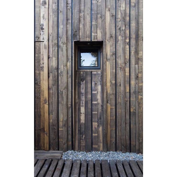 by Crescente Böhme Arquitectos Rustic Wood Wood effect