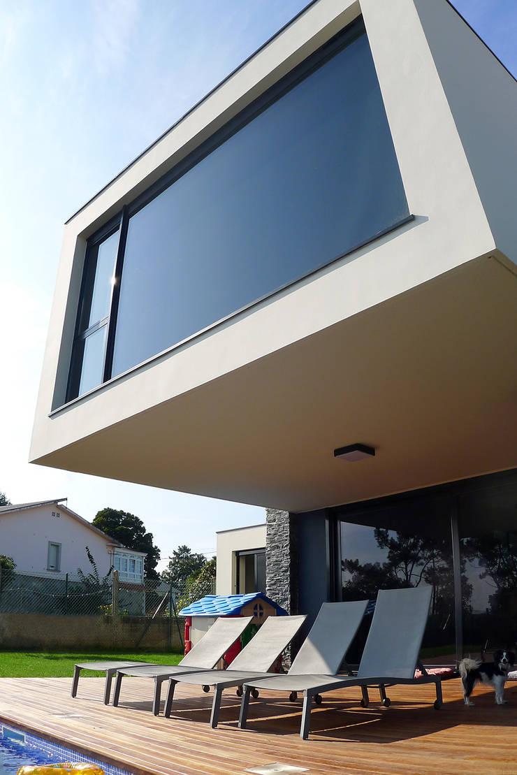 Vivienda en Pravio: Casas de estilo  de AD+ arquitectura