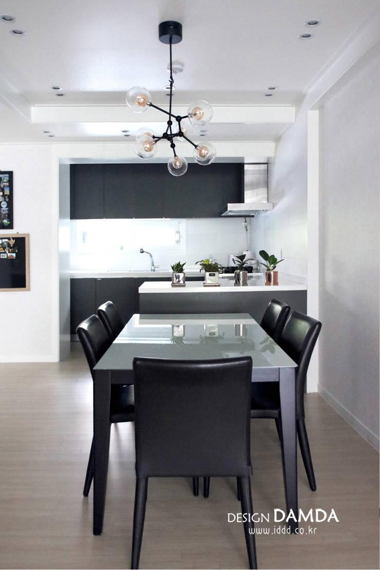 강남구 압구정동 현대아파트 48평: 디자인담다의  다이닝 룸,모던