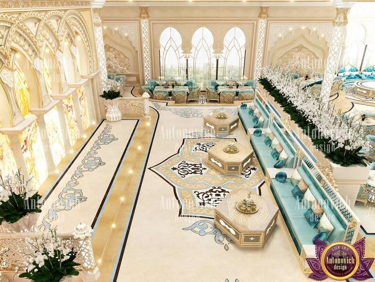 Restaurant interior design in Dubai from Katrina Antonovich:  Houses by Luxury Antonovich Design, Asian
