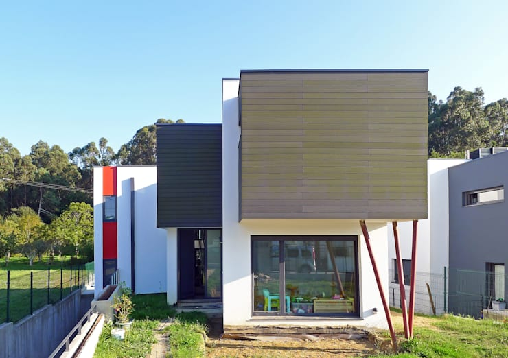 Single family home by AD+ arquitectura